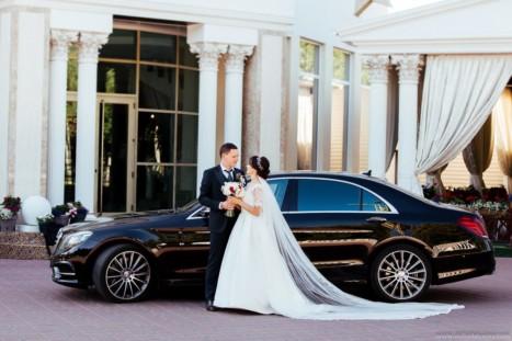 Прокат лимузина на свадебное торжество